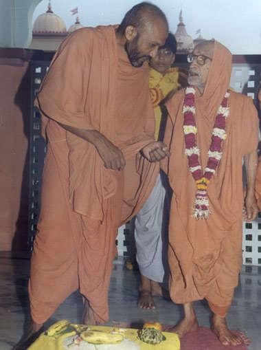 સ્વામિજીએ આપ્યો સુખી થવાનો જીવ મંત્ર કે, એ એમ જ હોય